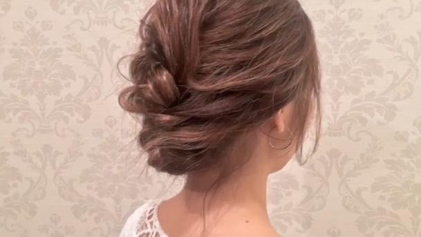 結婚式に!ボブのヘアアレンジで簡単お呼ばれヘア